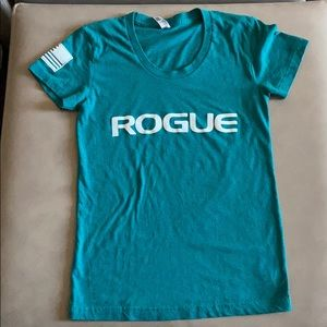 Rogue turquoise short sleeve shirt, Size Small
